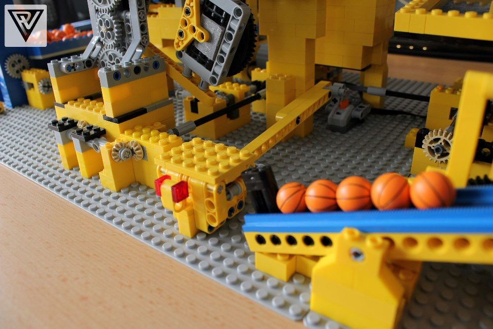 instructions to make a lego ball elevator
